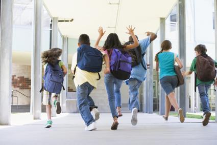 Children running to school